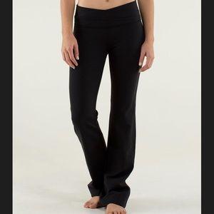 Lululemon Astro Pant Black, Size 6